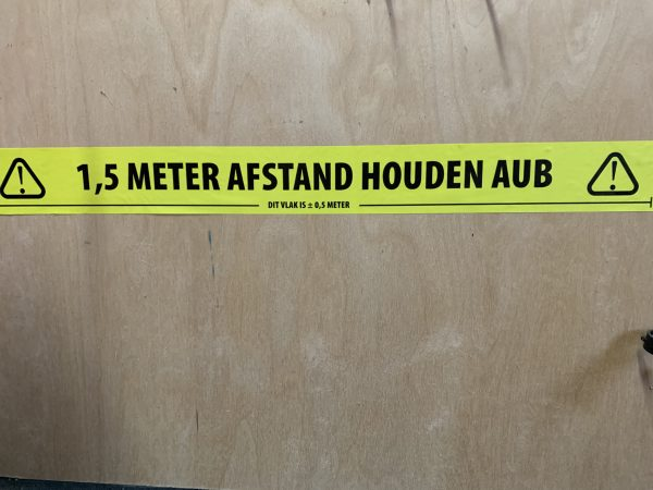 Afstand houden tape 1,5 meter NL 3 7E219D50 DCE1 4D66 9479 E70B936A47C1 scaled